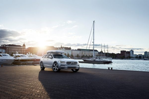 Volvo V90 Cross Country Volvo Ocean Race exterior on location