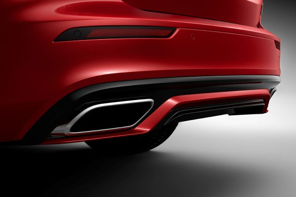 230897_New_Volvo_S60_R-Design_exterior