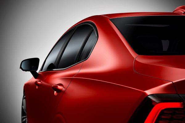 230899_New_Volvo_S60_R-Design_exterior